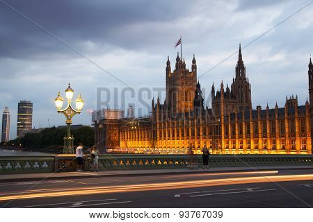 London sunset. Big Ben and houses of Parliament