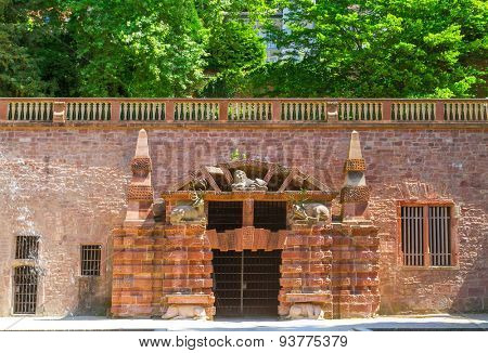 Heidelberg Castle. Entrance to the large grotto. Germany. Europe.