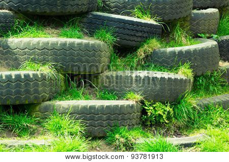 Disused tyres