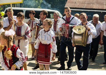 4 September 2016. Rakhiv Transcarpathian region Ukraine. Celebration - Festival Hutsul brynza . Colorful procession - parade of people dressed in national costumes. Preservation of traditions .