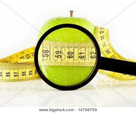 Apfel-Meter und Lupe