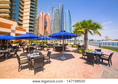 ABU DHABI, UAE - MARCH 28: Restaurant area of Khalidiya Palace by Rotana on March 28, 2014, UAE. Rotana Hotel Corporation has 85 properties in 26 cities around Middle East and Africa.
