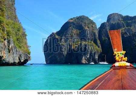 Maya Bay desde el bote, Phi Phi Islands, Thailand.