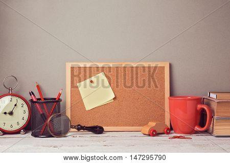 Business desk with note board website header hero image