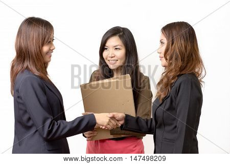 asian business woman agrees to work together