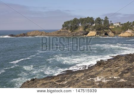 Oregon coast nature cliffs and the pacific ocean near Lincoln city.