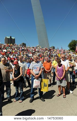 SAINT LOUIS, MISSOURI - SEPTEMBER 12: Opening Prayer at Rally of the Tea Party Patriots in Downtown Saint Louis under the Arch, on September 12, 2010