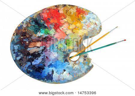 Paleta do artista com pincéis isolado sobre fundo branco - com o traçado de recorte