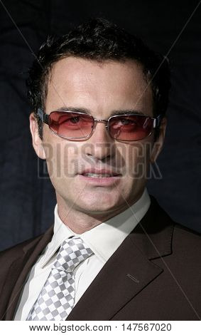 Julian McMahon at the FX Networks NIP/TUCK 3rd Season premiere held at the El Capitan Theatre in Hollywood, USA on September 10, 2005.