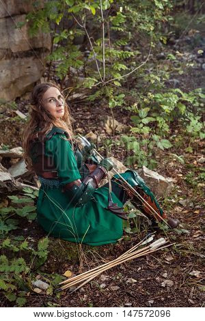 Elf Woman In Green Leather Armor With The Bow