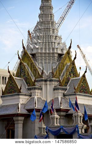 Thailand Asia     Bangkok Rain  Temple Abstract Crane  Mech