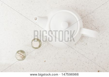 Teapot. Teapot and corncob as photographic idea.