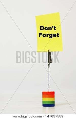 Reminder note saying don't forget