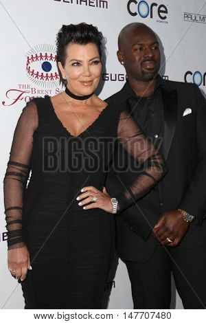 LOS ANGELES - SEP 17:  Kris Jenner, Corey Gamble at the Brent Shapiro Foundation for Alcohol and Drug Prevention at the Private Residence on September 17, 2016 in Beverly Hills, CA