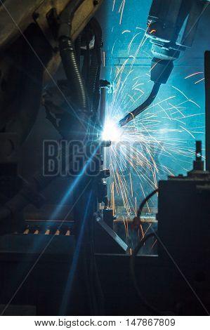 The Welding robots auto parts  for car factories.