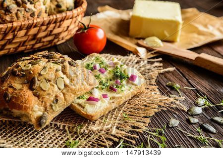 Whole Grain Rolls With Butter, Onion And Cress