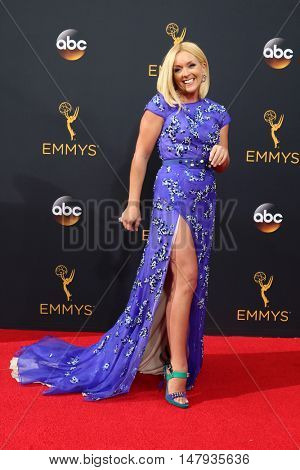 LOS ANGELES - SEP 18:  Jane Krakowski at the 2016 Primetime Emmy Awards - Arrivals at the Microsoft Theater on September 18, 2016 in Los Angeles, CA