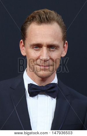 LOS ANGELES - SEP 18:  Tom Hiddleston at the 2016 Primetime Emmy Awards - Arrivals at the Microsoft Theater on September 18, 2016 in Los Angeles, CA