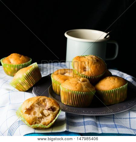 Spelt Flour Muffins With Fruit