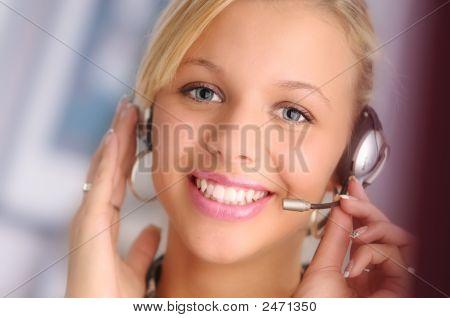 Blond Operator
