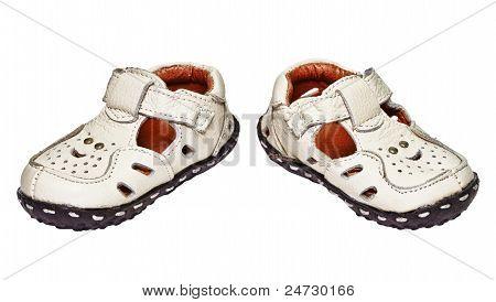 Zapatos de bebé hechos??de cuero genuino