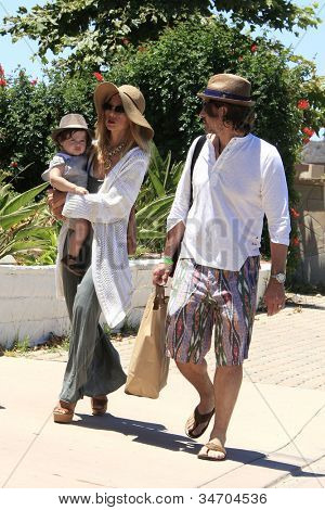 MALIBU - JUL 8: Rachel Zoe, Rodger Berman, son Skyler out for a walk on July 8, 2012 in Malibu, California