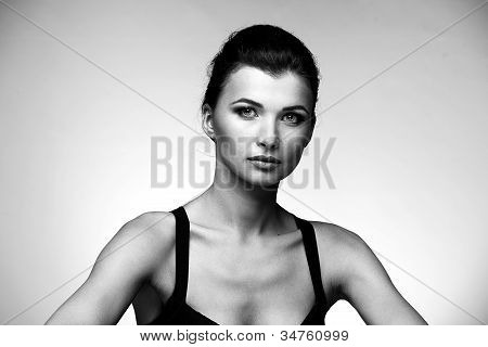 Black and white portrait of luxury woman in exclusive jewelry
