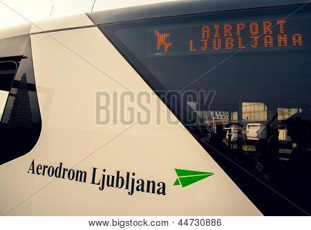 Shuttle, Airport Ljubljana, Close Up