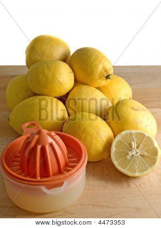 Organic Lemons And Juicer