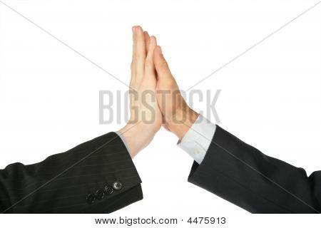 Dos manos, que son tocadas por las Palmas