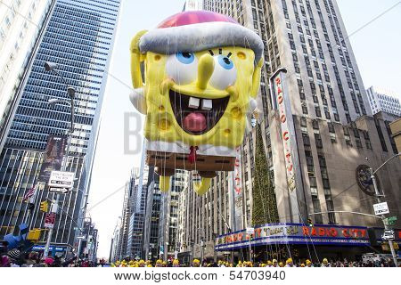 Spongebob Squarepants passes Radio City Music Hall