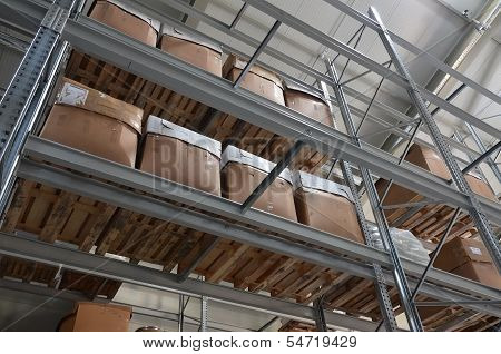 High Bay Stock With Boxes