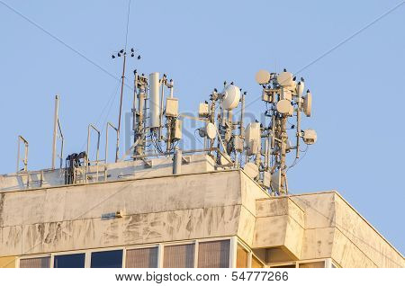 Antenna Array In A Building