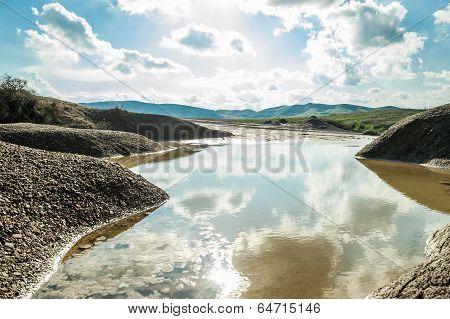 Small rain water reservoir