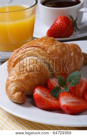 Continental Breakfast: Croissants With Fresh Strawberries