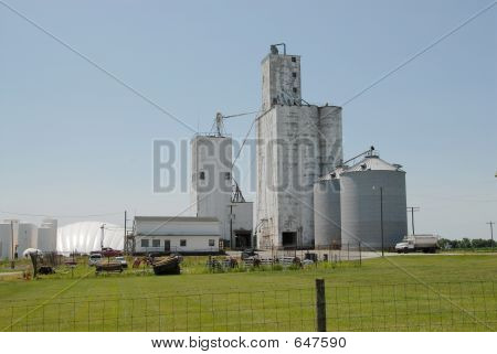 Midwestern USA Grain Co-op