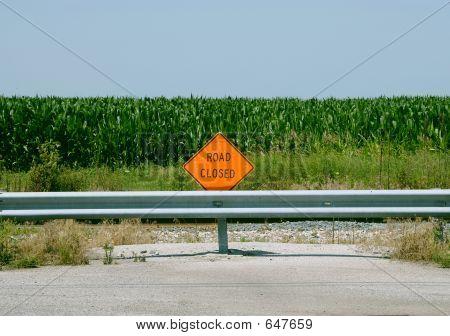 Geschlossene Straßenschild