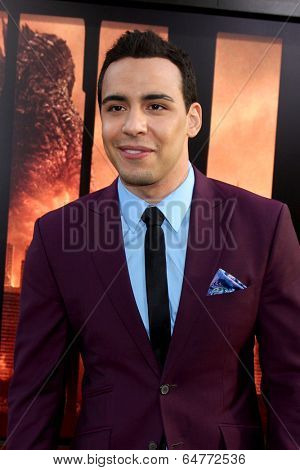 LOS ANGELES - MAY 8:  Victor Rasuk at the