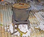 picture of cauldron  - Cauldron Fire