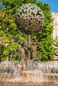 foto of adam eve  - Fountain with sculptures depicting Adam and Eve in Moscow - JPG