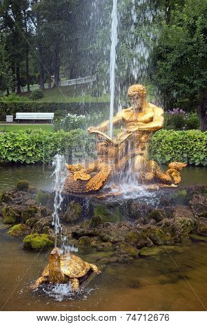 Fountain Triton And Sea Monster In Pertergof, Saint-petersburg