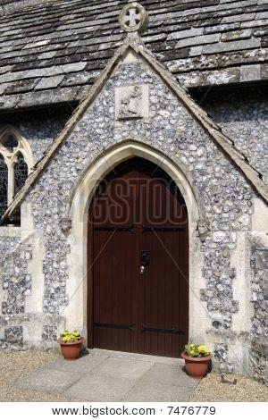 Puerta de la iglesia de San Pedro.
