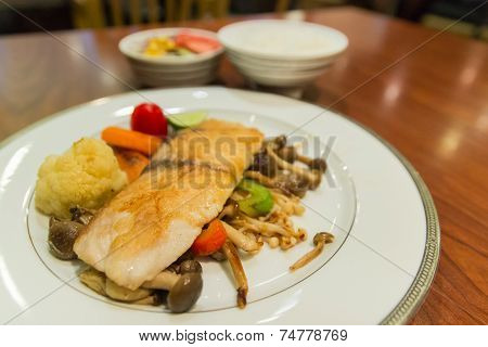 Grilled Sea Bass With Vegetable