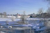 image of paysage  - Winter snowy landscape with frozen river - JPG
