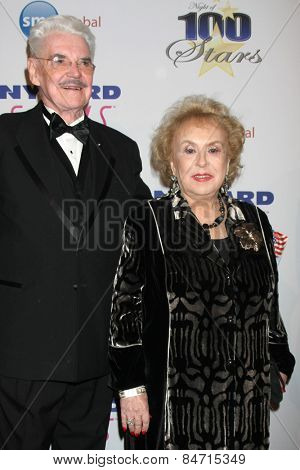 LOS ANGELES - FEB 22:  Doris Roberts at the Night of 100 Stars Oscar Viewing Party at the Beverly Hilton Hotel on February 22, 2015 in Beverly Hills, CA