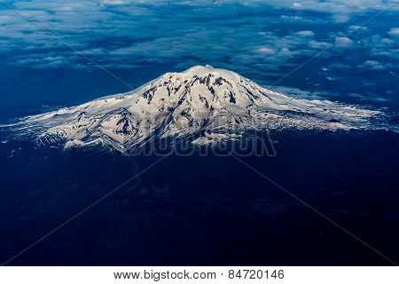 Full Aerial View of Mount Adams, Washington, May 2014.