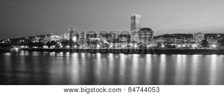 Portland Oregon Downtown City Skyline Reflection Willamette River