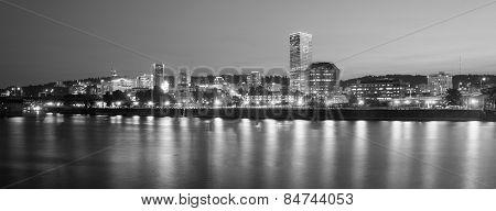 Portland Oregon Downtown City Skyline Reflection Willamette River