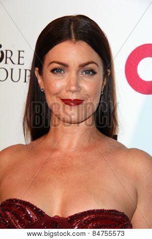 LOS ANGELES - FEB 22: bellamy young at the Elton John Oscar Party 2015 at the City Of West Hollywood Park on February 22, 2015 in West Hollywood, CA