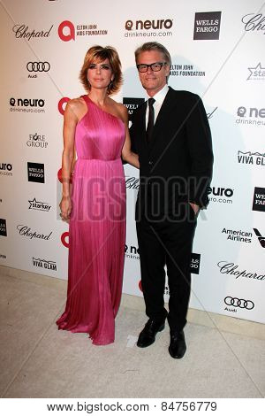 LOS ANGELES - FEB 22:  Lisa Rinna, Harry Hamlin at the Elton John Oscar Party 2015 at the City Of West Hollywood Park on February 22, 2015 in West Hollywood, CA